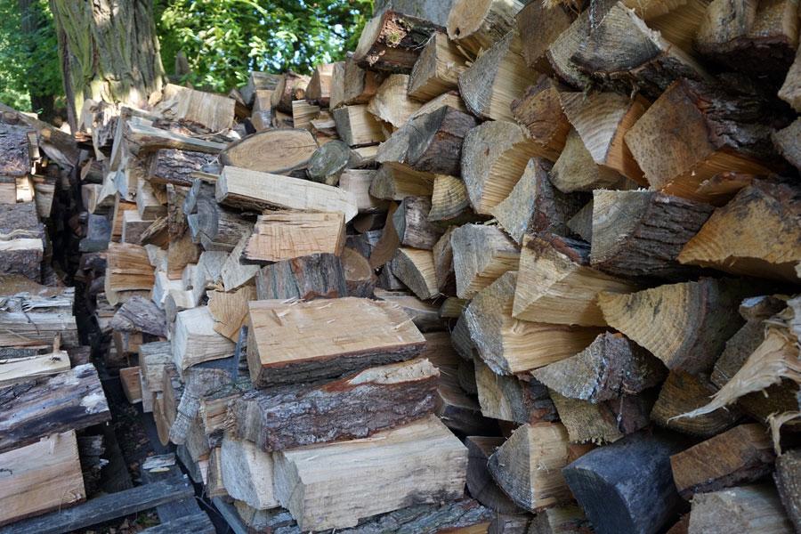 Kamin-Brennholz